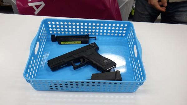 レンタル銃のグロック18c