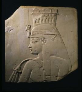 『アメンヘテプ3世の王妃ティイのレリーフ』新王国・第18王朝時代 アメンヘテプ3世治世(前1388~前1350年頃) ブリュッセル・ベルギー王立美術歴史博物館蔵 (C) Royal Museums of Art and History, Brussels