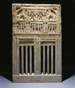 『王宮の窓』新王国・第19王朝時代 メルエンプタハ王治世(前1213~前1203年頃) フィラデルフィア・ペンシルヴァニア大学博物館蔵 (C) Courtesy of Penn Museum, image #151118