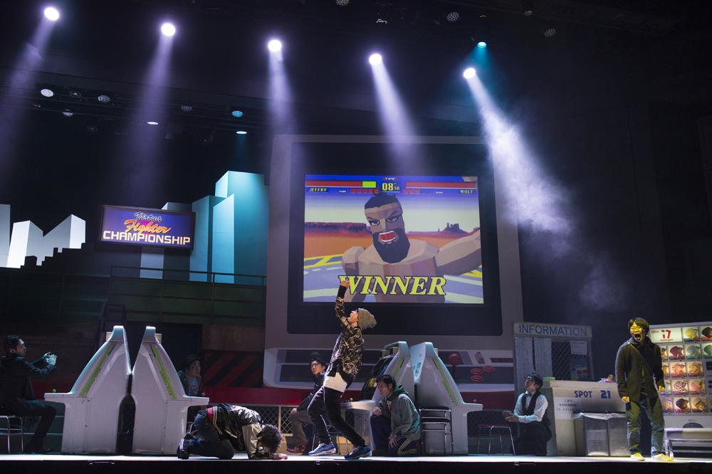 「バーチャファイター」ブーム題材の舞台『TOKYOHEAD~トウキョウヘッド~』開幕