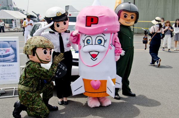 第1高射隊のA子さんと記念撮影