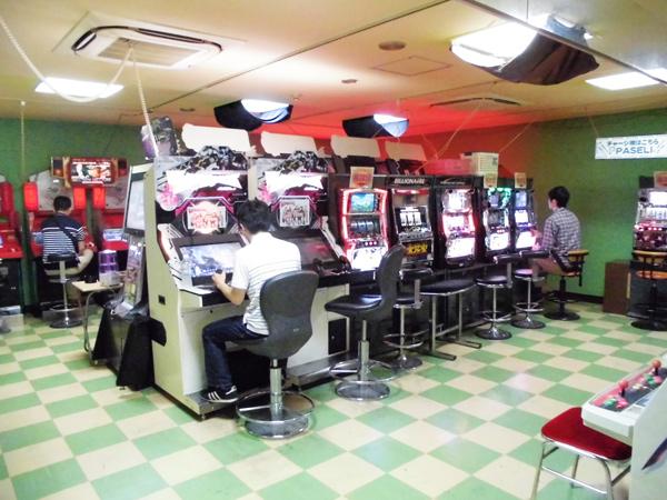 シューティング・パズル・アクションまで、アーケード筐体の配信を始めたゲームセンター『マットマウス鹿島田・新川崎店』に行ってみた