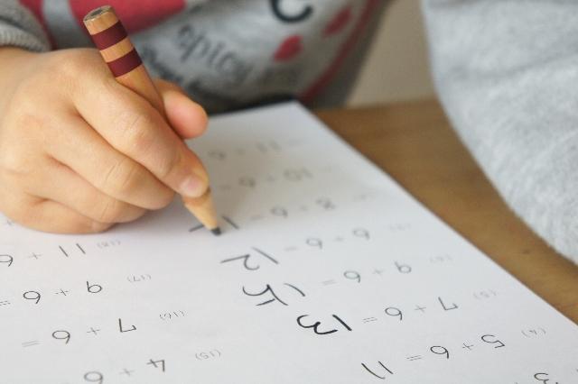 宿題代行サービスを使うのはあり?なし? 代行業者に依頼する親が急増中らしい
