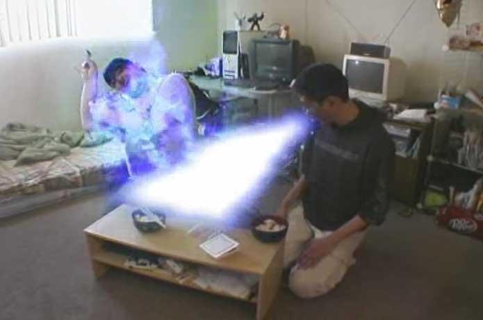 日本人にハリウッド版『ゴジラ』(1998)と実写『ドラゴンボール』を見せるのはマナー違反?日本マナー番組の過激パロディ動画がじわじわくる