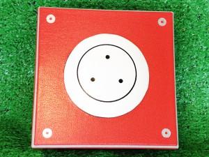 ロゴ入りロジコマ型特製展示ボックス