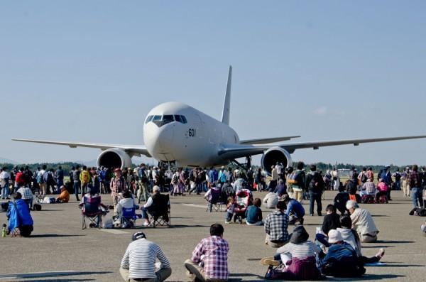 第404飛行隊のKC-767J