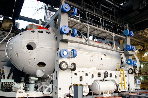 ちはや搭載の深海救難艇(DSRV)