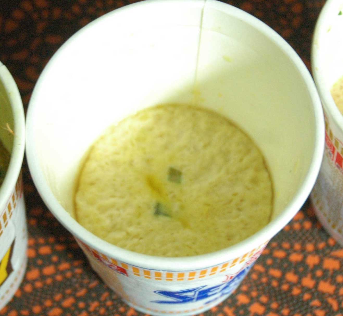 ネットで話題の『カップヌードル茶碗蒸し』がとんでも実験系レシピなので検証してみた
