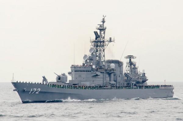 受閲第1群・護衛艦しまかぜ(DDG-172)
