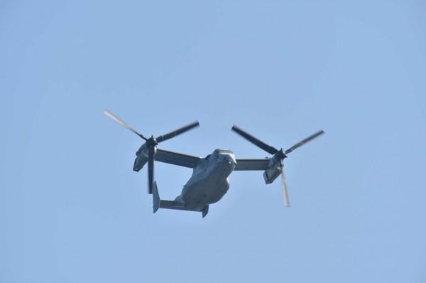 アメリカ海兵隊のMV-22(撮影:海上自衛隊写真員・18日)