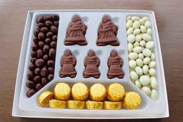 デラックス角力チョコレートの中身