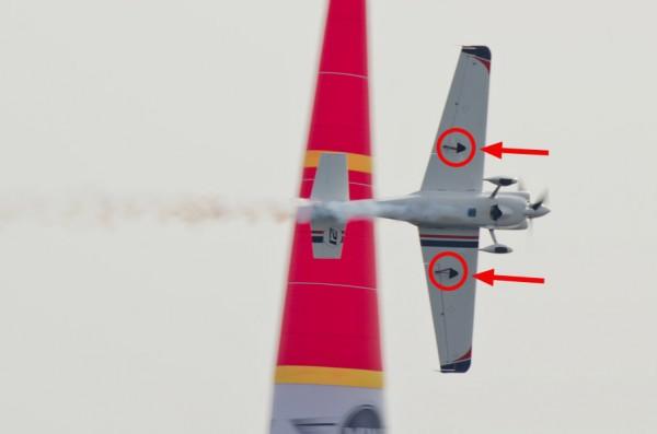 ドルダラー選手の機体についたスペード(赤丸・矢印で示した部分)