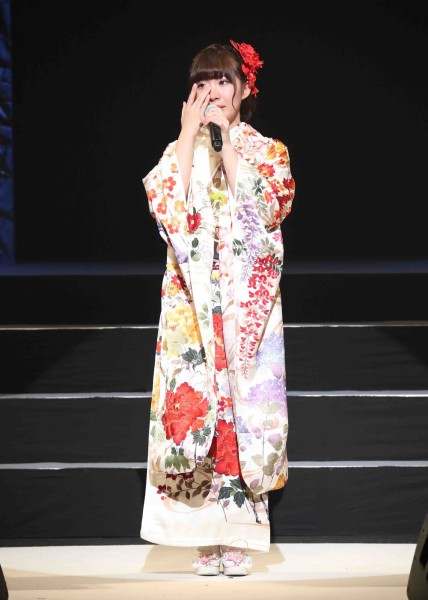 卒業を発表した岩佐美咲
