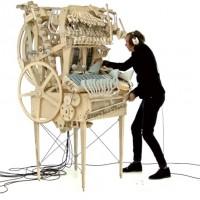 「マーブルマシン」のからくり演奏が世界中を魅了 2000個…
