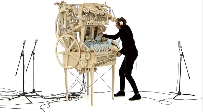 「マーブルマシン」のからくり演奏が世界中を魅了 2000個の玉が奏でる音楽