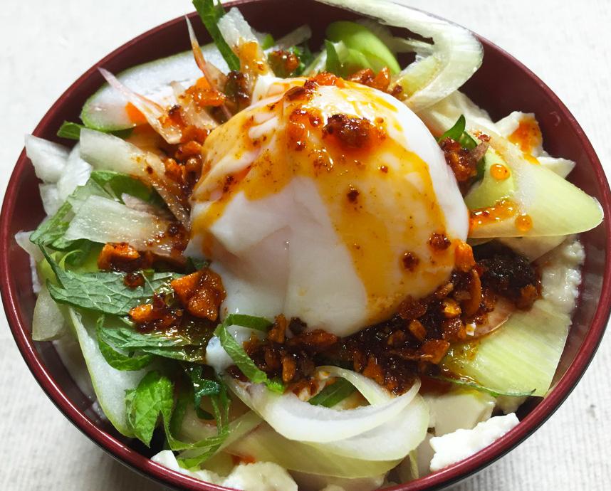 簡単なのに豪華な『タモリ流幸せ丼』 食べた瞬間口の中に幸せが広がる!