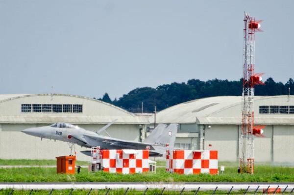 自衛隊の航空保安施設(グライドパス)