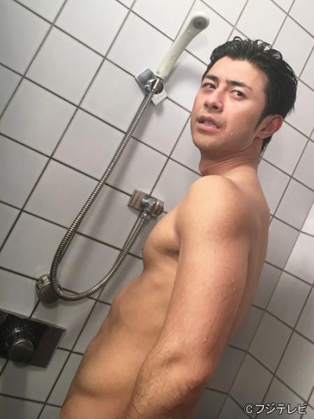 「榎並アナの肉体美見えちゃったお風呂動画」