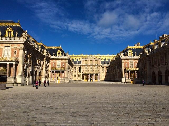 ベルサイユ宮殿が一部高級ホテルに マリー・アントワネットごっこがはかどるぞ!