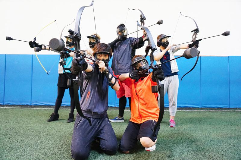 弓矢を使ったサバイバルゲーム日本上陸!撃って撃って撃ちまくれ!