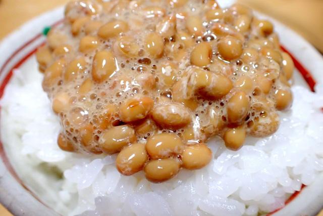 「納豆に何入れる?」の話題が参考になる 粉カラシにお漬け物?