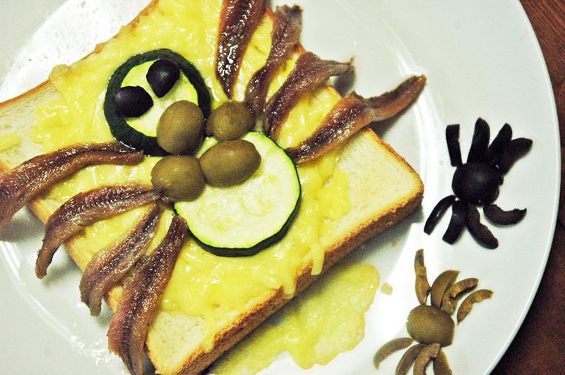 【アニメ飯】弱虫ペダル「MAKI'S キッチン」自己流スパイダートースト再現してみた