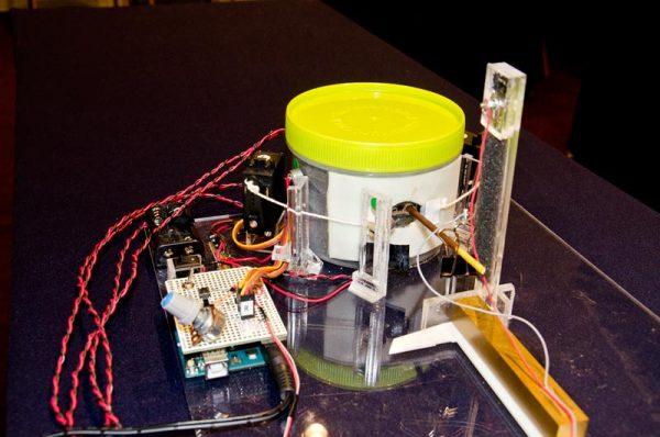 ポッキー食音測定装置