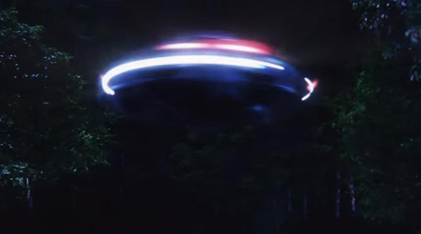 その発想は無かった…トヨタがエスティマを高速回転させたら「UFOと完全一致」と言い出した
