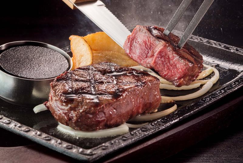 「稀肉祭」だと!?ステーキガスト、1頭わずか1%の希少部位を厚切りステーキで提供