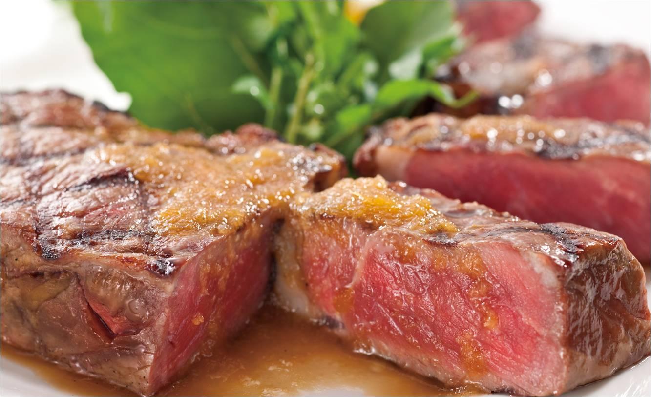 肉ラバーの聖地『ステーキハウスフォルクス』で肉汁ジュッワ~の「熟成サーロインステーキ」食べ放題やるってよ!