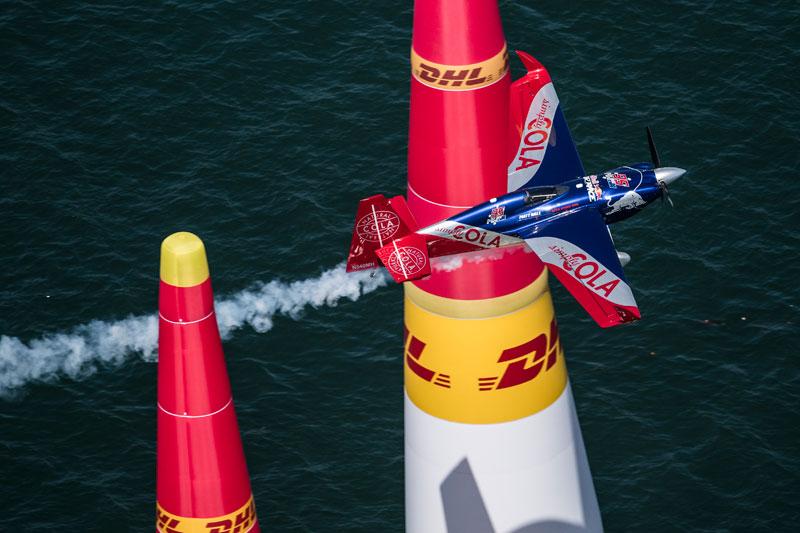 「自前の」エッジで初のレースとなったホール選手(Joerg Mitter/Red Bull Content Pool)