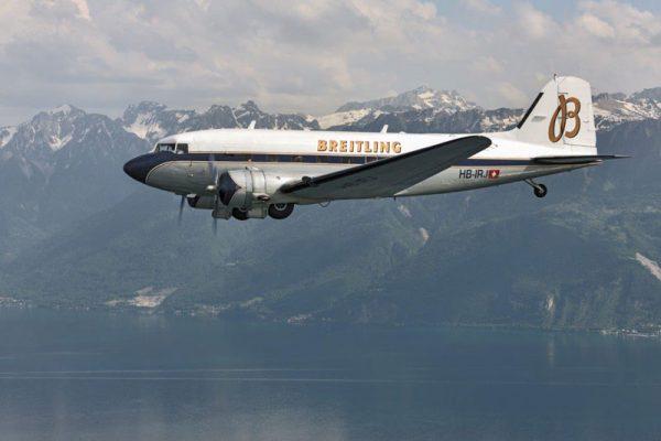 約半世紀ぶりにDC-3が日本の空を飛ぶ!ブライトリングDC-3ワールドツアー