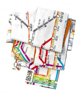 結べばきっと大注目。東京圏の交通路線図を使った帯が面白い