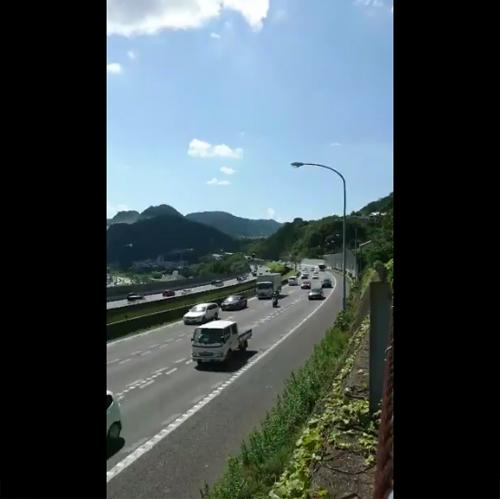 高速道路の渋滞が発生していく瞬間を捉えた映像が話題