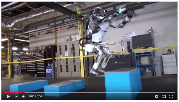 ソフトバンク傘下企業の人型ロボット「Atlas」がガンダム理論でバック宙!
