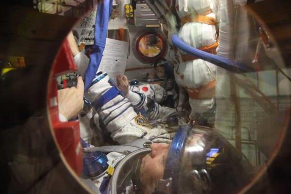 「MS-06とは違うのだよ、MS-06とは!」(Image Credit:NASA)