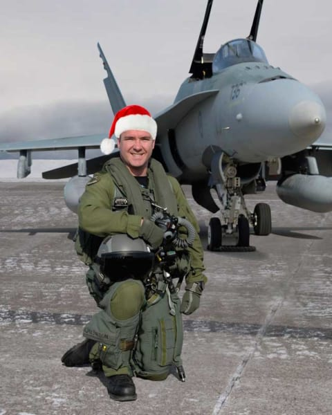 第433飛行隊エスコートパイロットのクィリオン大尉(PHOTO:RCAF)