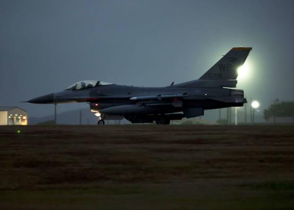 アメリカ空軍80FSのF-16C(Photo:USAF)