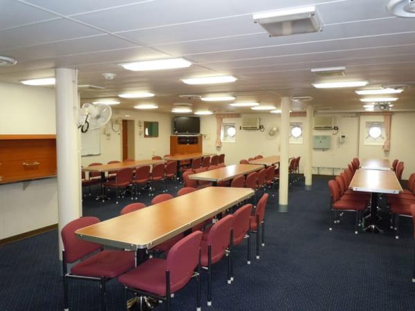 しらせ南極観測隊公室
