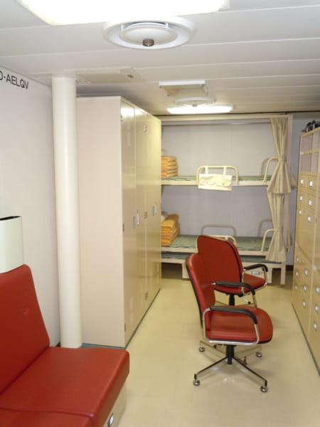 しらせ南極観測隊寝室
