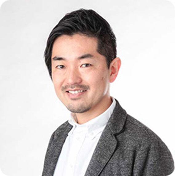 審査委員長の佐々木圭一さん