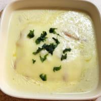 3万いいね!のバズレシピ「お餅の豆乳グラタンスープ」がとろもち超簡単!