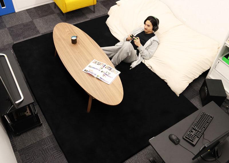 「常にベッドの上で生活したい」を叶えるグータラアイテム「部屋ごとベッドラグ」誕生 これで一層グータラ活動はかどりそう