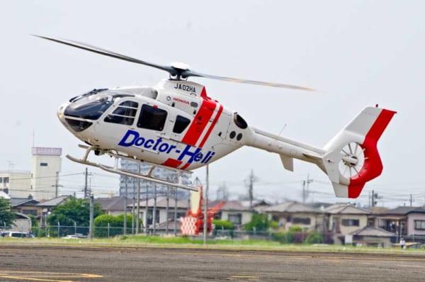 栃木県のEC135ドクターヘリ(撮影:咲村珠樹)