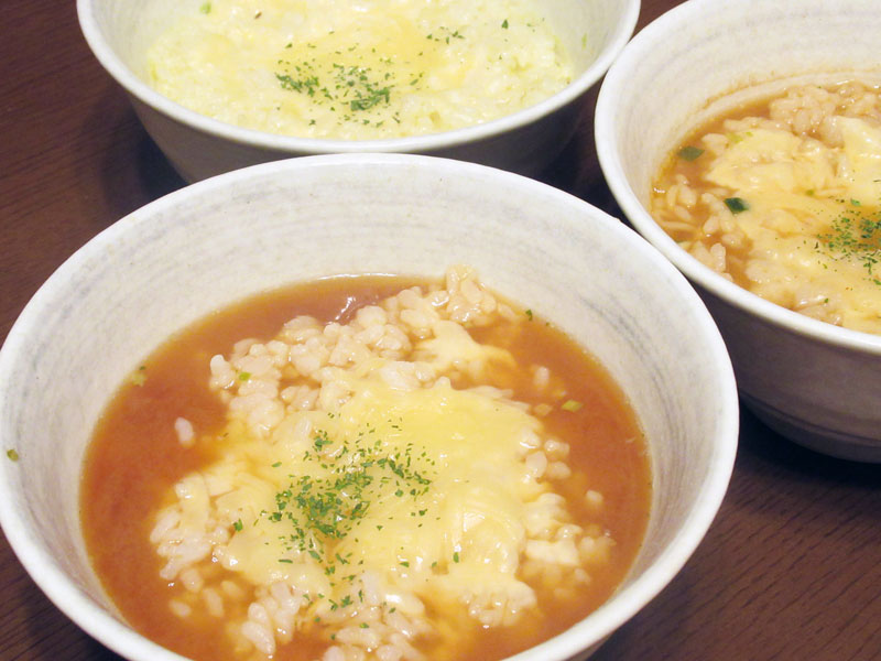 サッポロ一番新CMの、残ったスープで「チーズリゾット」 3種作って食べ比べてみた