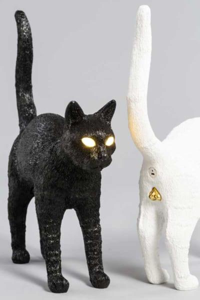 ピカーン!!リアルなイタリア発の猫型ランプ「felix」海外で人気