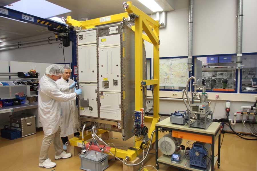こうのとり7号機、国際宇宙ステーションへ新型生命維持装置を運ぶ