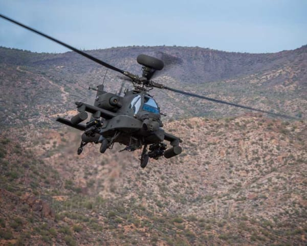タタとボーイングの合弁企業がインドでAH-64Eアパッチの胴体を製造開始