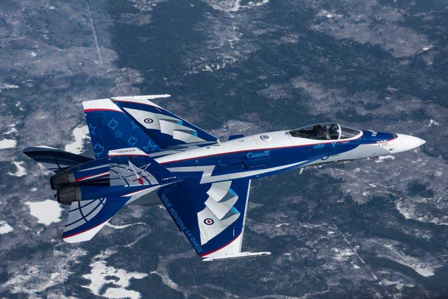 カナダ空軍CF-18デモ機、2018年は「NORAD60周年」記念デザイン