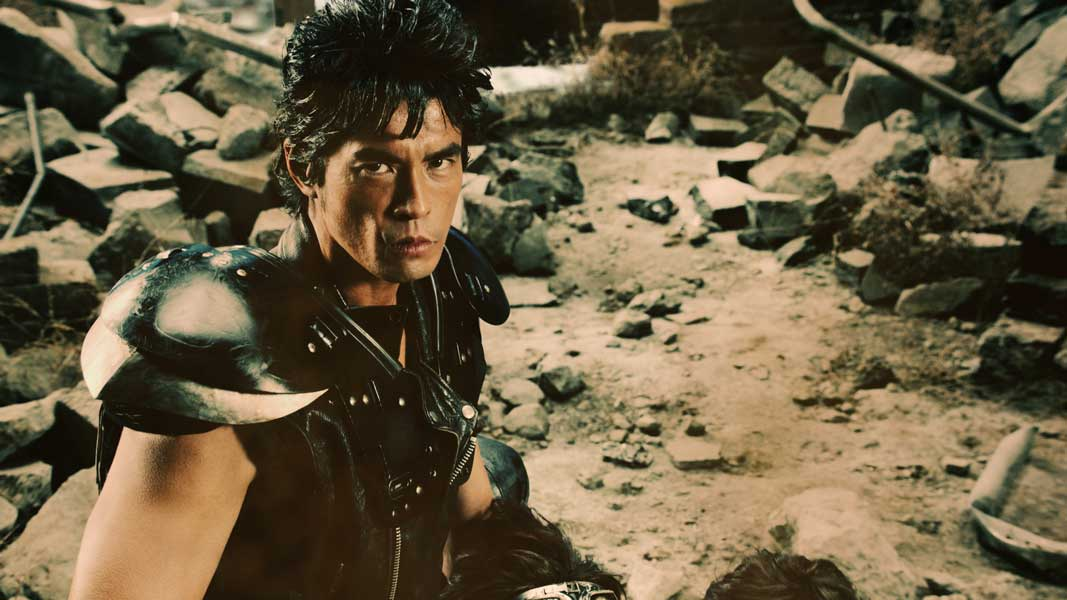 「北斗の拳」が日本初の実写化 ケンシロウは伊藤英明 「デ・オウ」CMで実現!